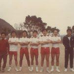 七十年代的老師們,足球比賽前留影。